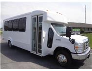 24 Passenger Bus Coach Bus / Chicago, IL   / Hourly $0.00