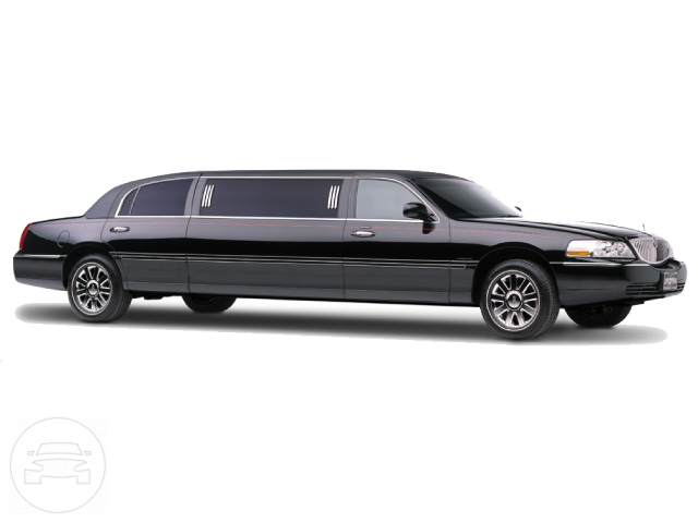 8 passenger Lincoln Towncar Limo  / Carmel Valley, CA 93924   / Hourly $0.00