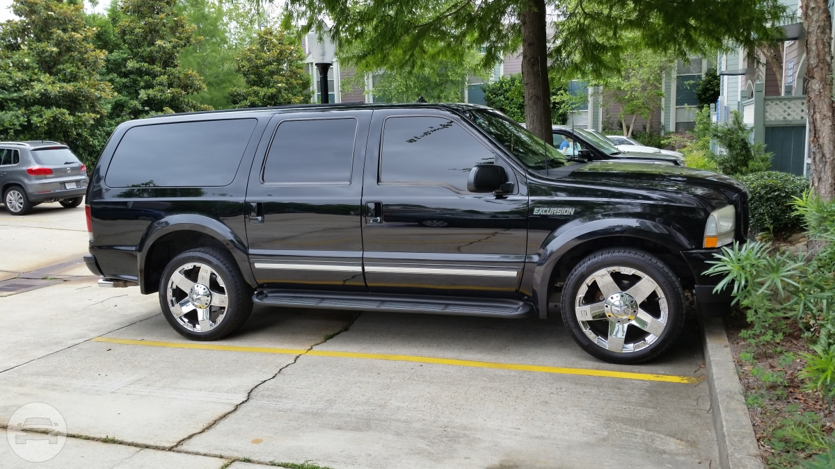 Ford Excursion  Limo / New Orleans, LA   / Hourly $0.00