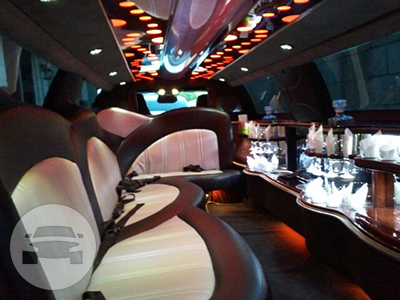 BLACK CHRYSLER LIMO Limo / Waipahu, HI   / Hourly $0.00