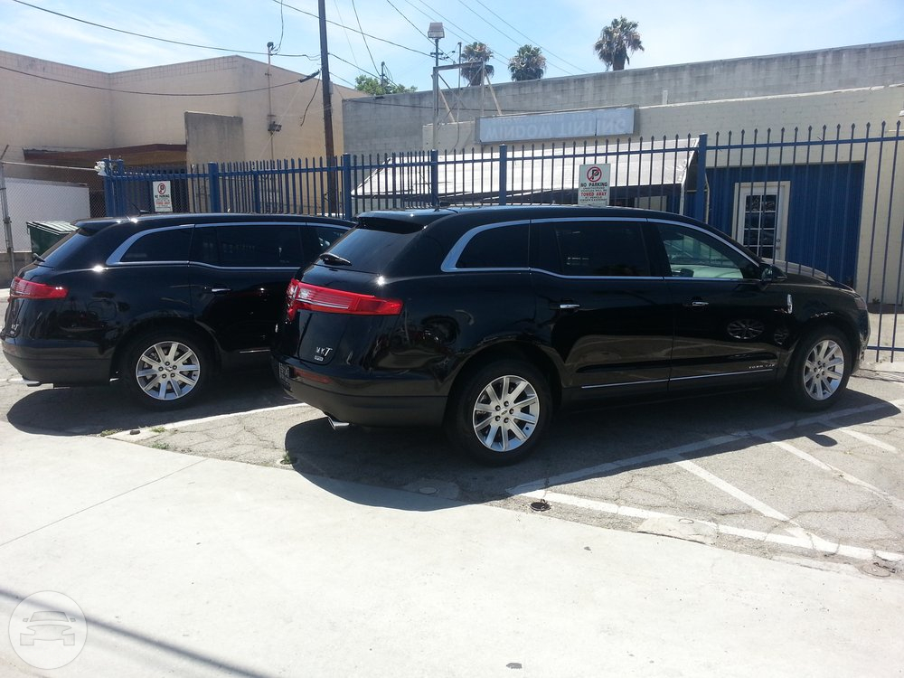 Lincoln MKT Sedan Sedan / San Francisco, CA   / Hourly $0.00