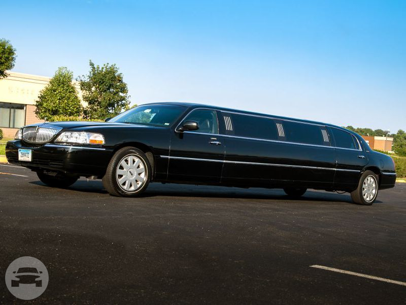 8 seater Lincoln Limousine Limo  / Hawthorne, NY   / Hourly $120.00