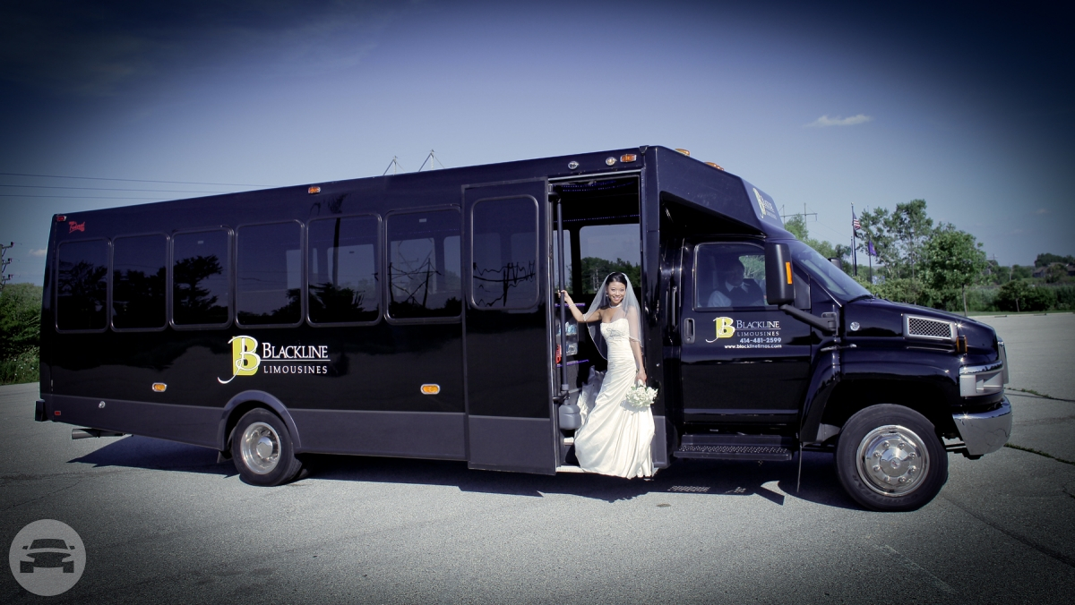 26 Passenger Limo Bus Party Limo Bus  / Chicago, IL   / Hourly $0.00