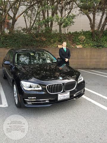 BMW 750Li Sedan  / New York, NY   / Hourly (Concert) $100.00  / Hourly (Other services) $100.00  / Hourly (Wedding) $120.00