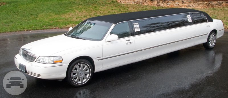 10 Passenger Lincoln Tuxedo Limousine Limo / Seattle, WA   / Hourly $0.00