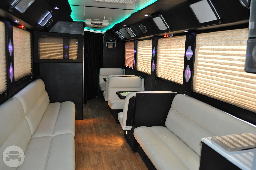 35 Passenger Freightliner Limo Bus Party Limo Bus / New York, NY   / Hourly $235.00