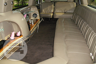 White Ford Excursion Super Stretch Limousine Limo / Philadelphia, PA   / Hourly $0.00
