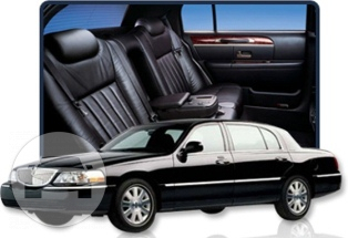 Black Cadillac and Lincoln Town Cars Sedan / Jacksonville, FL   / Hourly $0.00