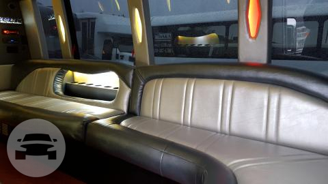 Ford Mini Limo Bus (up to 16 Pass) Coach Bus  / Seattle, WA   / Hourly $0.00