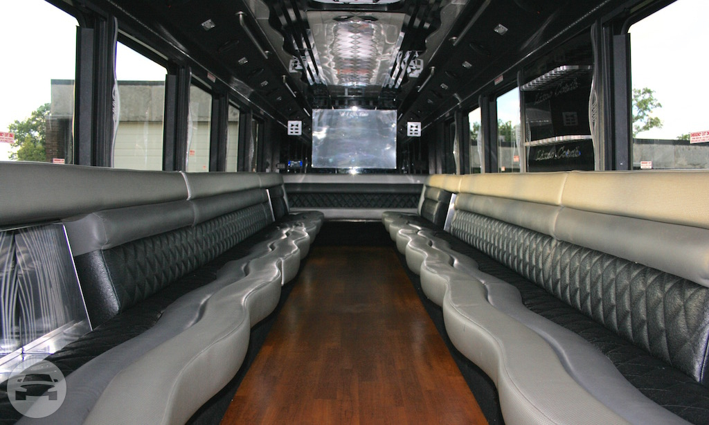 Apollo Corporate - Party Bus Party Limo Bus / Cleveland, OH   / Hourly $0.00