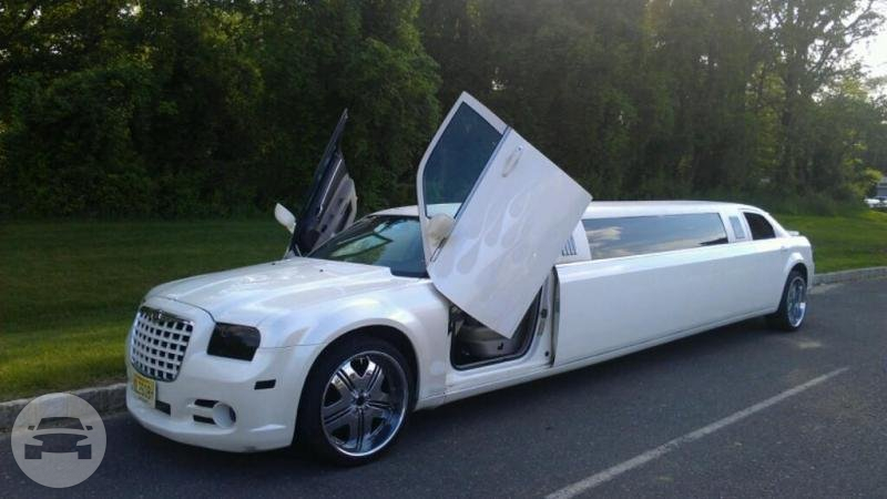 Chrysler 300 Limo Limo / New York, NY   / Hourly $0.00