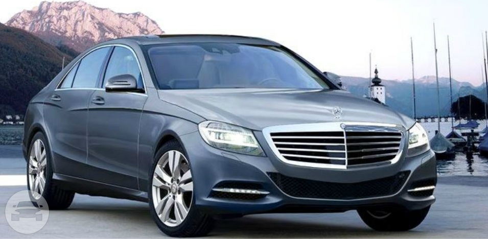 Mercedes S550 Luxury Sedan Sedan  / Lincolnshire, IL   / Hourly $0.00