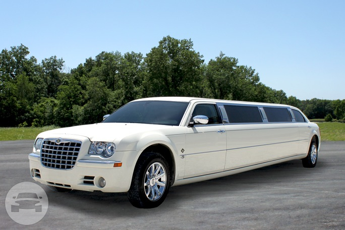 10 Passenger Chrysler Stretch Limousine - White Limo  / Indianapolis, IN   / Hourly $0.00