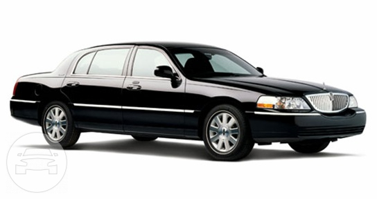 Lincoln Towncar Sedan / Little Rock, AR   / Hourly $0.00