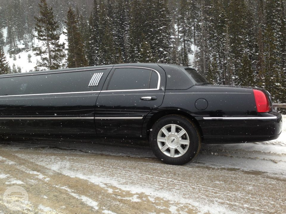 10 passenger Lincoln Towncar Limo / Superior, CO   / Hourly $0.00