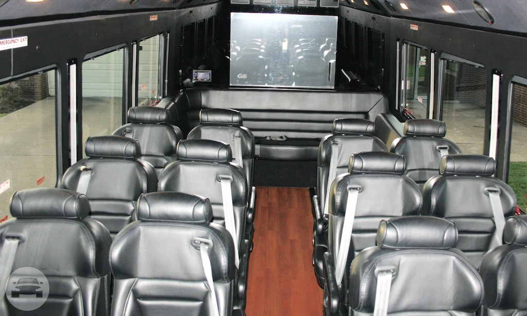 Aristocrat Corporate - Coach Bus Coach Bus / Cleveland, OH   / Hourly $0.00