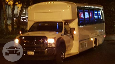 28/34 Pass Ford F550 Limousine Coach  (New Arrival) Coach Bus  / Seattle, WA   / Hourly $0.00