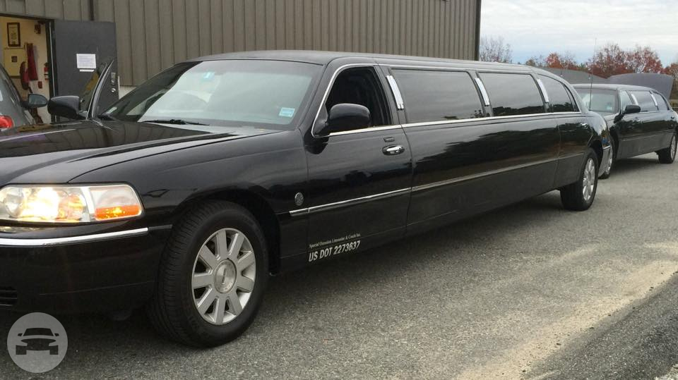 Black Super Stretch Limousine Limo / Plymouth, MA   / Hourly (Other services) $95.00