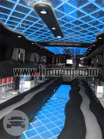 White Hummer H2 Limo Hummer  / Jersey City, NJ   / Hourly $89.00