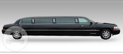10 passenger Lincoln Towncar Black  Limo / Detroit, MI   / Hourly $0.00