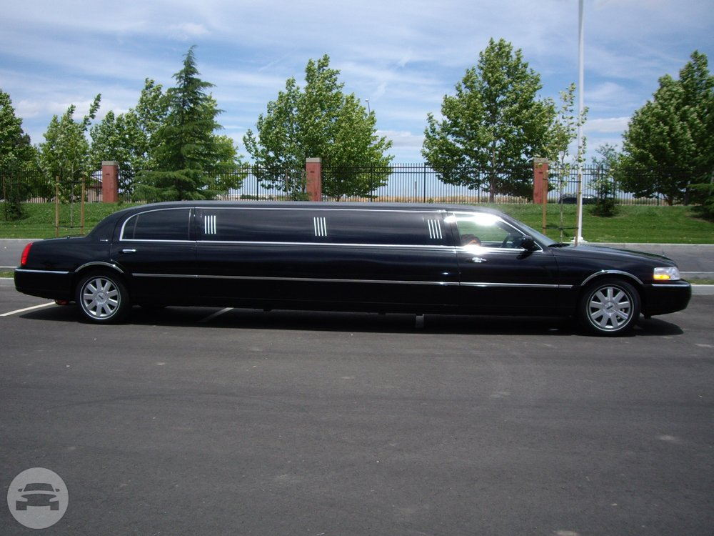 Stretch Limousine, 8 Passengers Limo / Healdsburg, CA 95448   / Hourly $65.00  / Hourly (Other services) $65.00