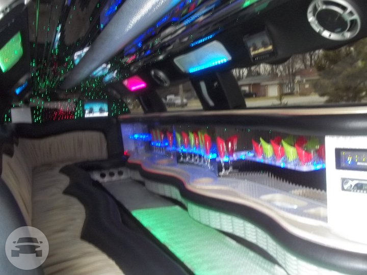 Lincoln Super Stretch Limousine Limo / Palos Heights, IL   / Hourly $0.00