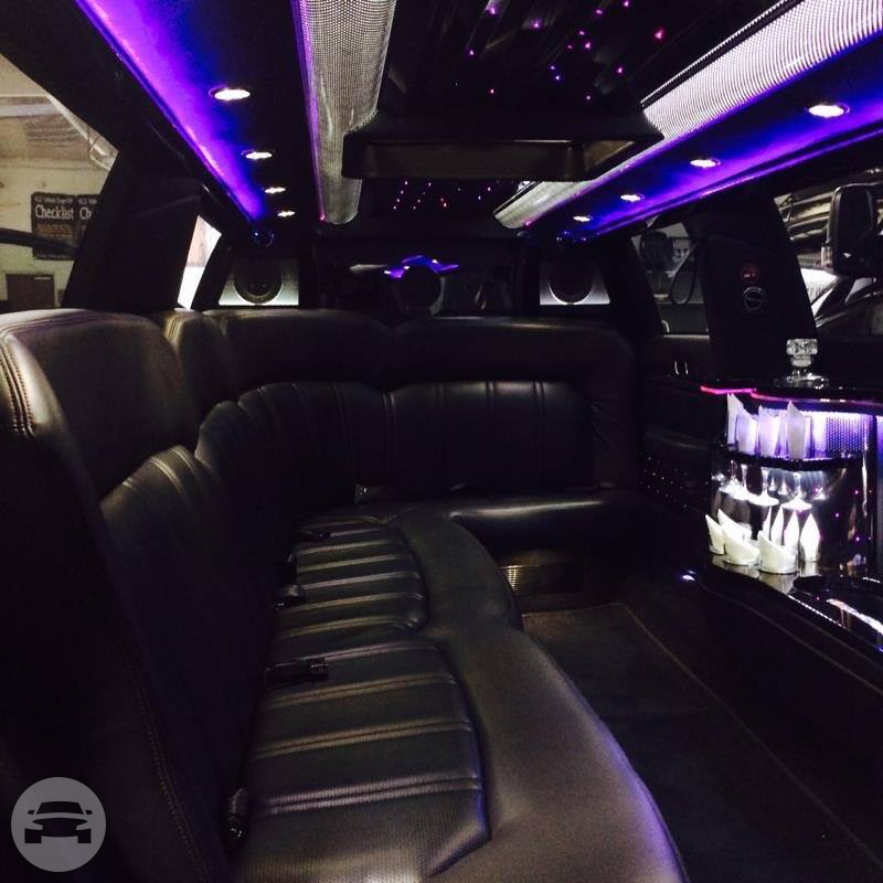 10 passenger Lincoln MKT  Limo / Walnut Creek, CA   / Hourly $120.00