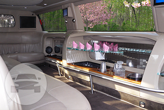 White Ford Excursion Super Stretch Limousine Limo / Bensalem, PA 19020   / Hourly $0.00