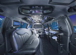 10 Passenger White Lincoln Stretch Limo  / Wilmington, DE   / Hourly $0.00