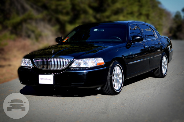 Lincoln Town Car Sedan Sedan  / Houston, TX   / Hourly $0.00