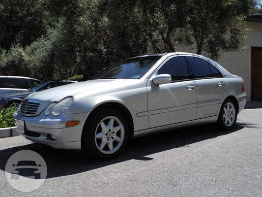 3-Passenger Mercedes Sedan Limo / Paso Robles, CA 93446   / Hourly $0.00