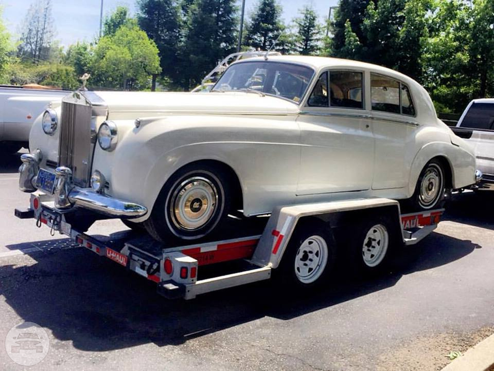 1956 SILVER CLOUD ROLLS ROYCE Sedan  / Bonney Lake, WA   / Hourly $0.00