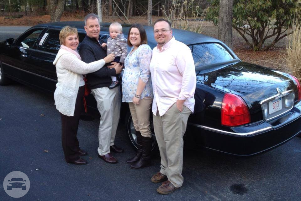 Black Stretch Limousine Limo  / Plymouth, MA   / Hourly (Other services) $60.00