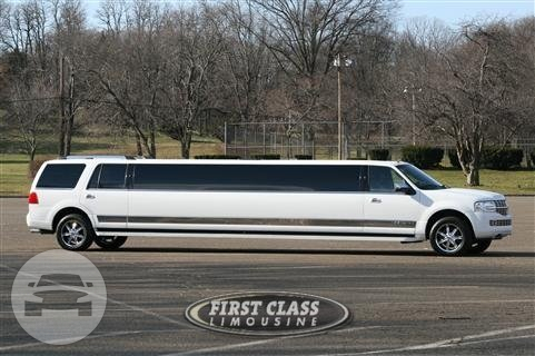 Lincoln Navigator Limo Limo  / Jersey City, NJ   / Hourly $0.00