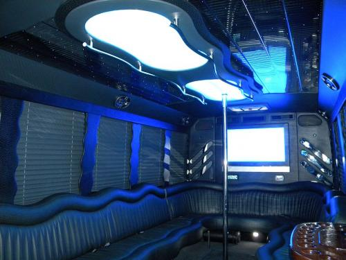 Party Bus Party Limo Bus  / Suffolk, VA   / Hourly $0.00