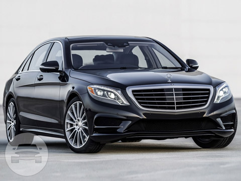 Mercedes Benz 550 S Class Sedan / Houston, TX   / Hourly $0.00