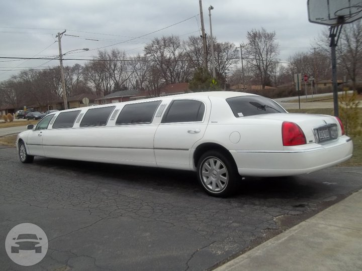 Lincoln Super Stretch Limousine Limo / Chicago, IL   / Hourly $0.00