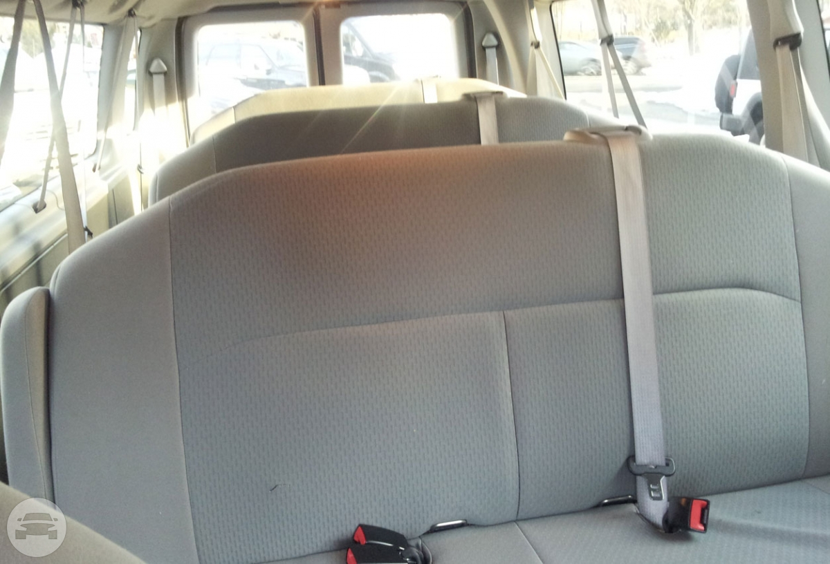 Ford Econoline Van Van / Newark, NJ   / Hourly $0.00