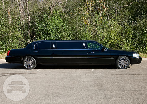 6 Passenger Lincoln Stretch Limousine Limo  / New York, NY   / Hourly $65.00