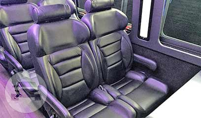 24 Passenger Luxury Bus Coach Bus  / San Francisco, CA   / Hourly $0.00