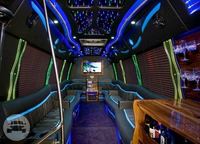 36 Passenger White Party Bus #3 | X.T.C Chicago Party Bus: online ...