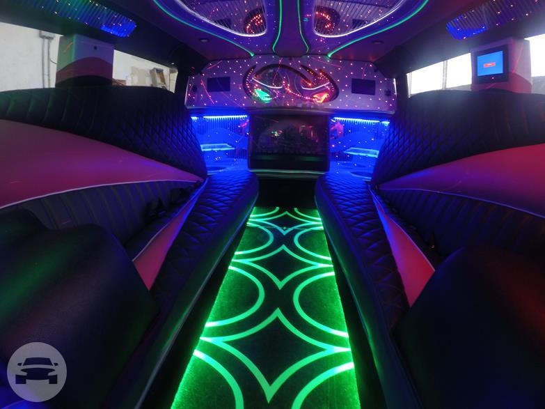 Pink Stretched H2 Hummer Limousine Lambo Diamond Limousine