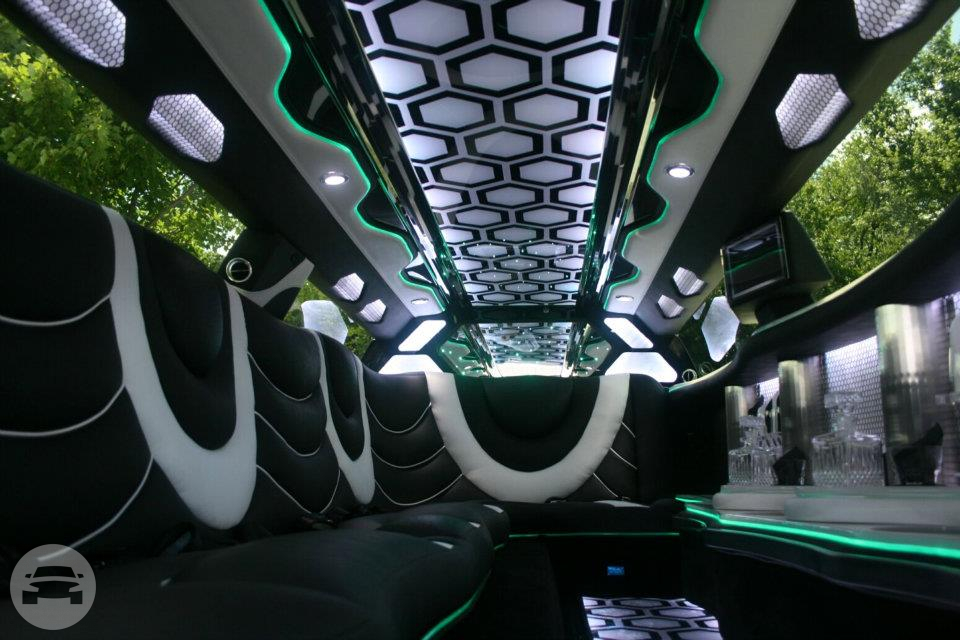 Chrysler 300 Limo Limo / Jersey City, NJ   / Hourly $0.00