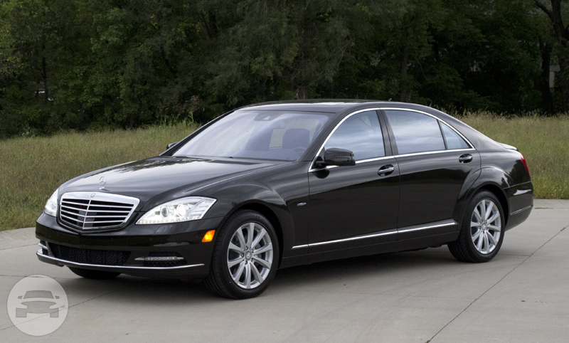 Mercedes benz s class black luxe limo service online for Mercedes benz vehicles list