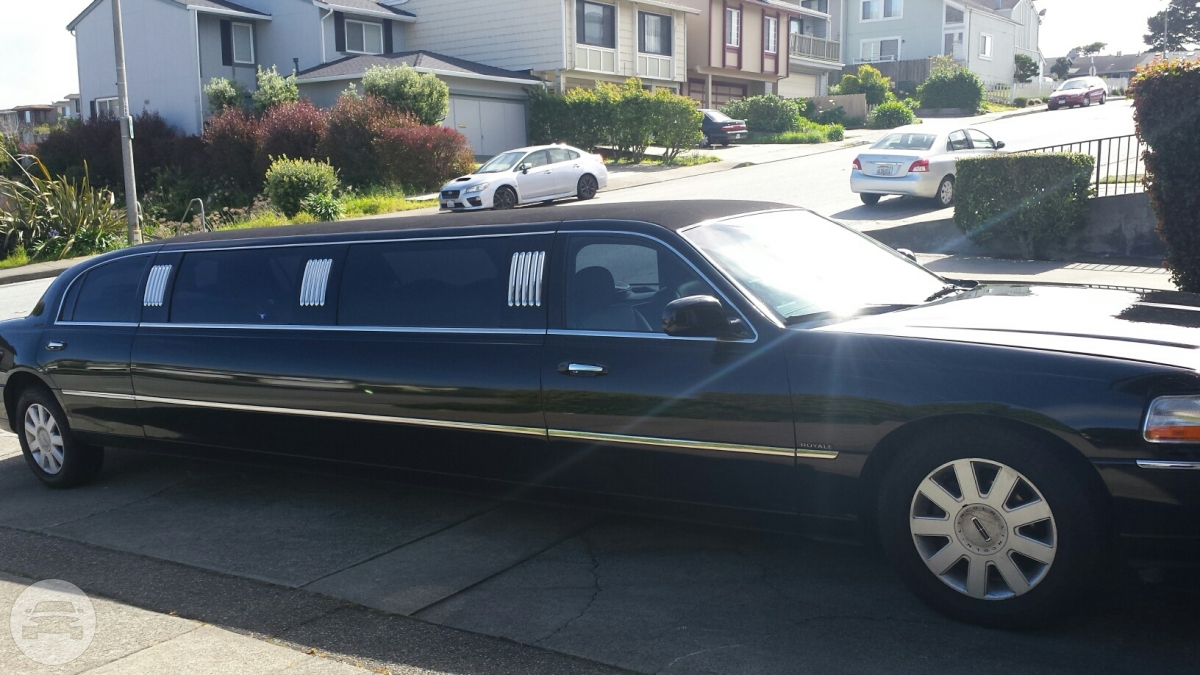 Stretch Limousine Limo / Redwood City, CA   / Hourly $0.00