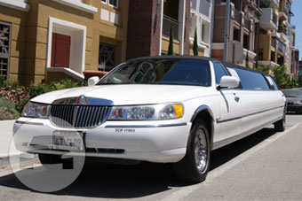 10-14 Passenger White Lincoln Limousine Limo / Los Gatos, CA   / Hourly $0.00