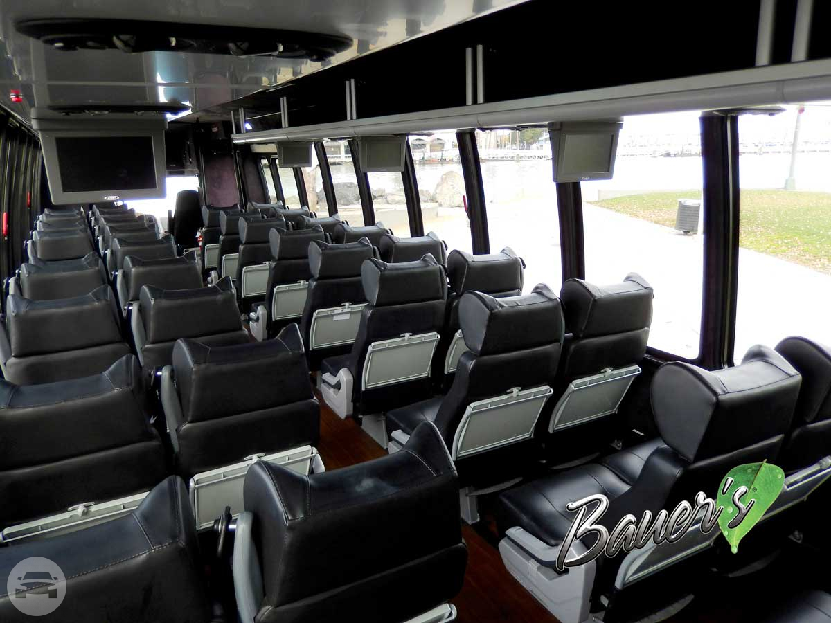 Executive Shuttle Style 3 (seats up to 31 passengers) Coach Bus / San Francisco, CA   / Hourly $157.48