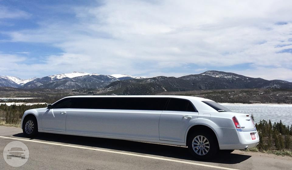 12 passenger Chrysler 300 Limo / Ken Caryl, CO   / Hourly $0.00