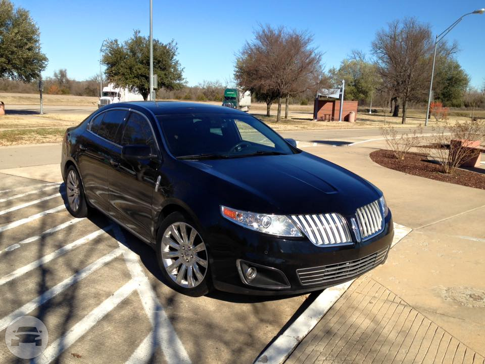 Lincoln MKS Sedan  / Fort Worth, TX   / Hourly $54.00  / Airport Transfer $64.00