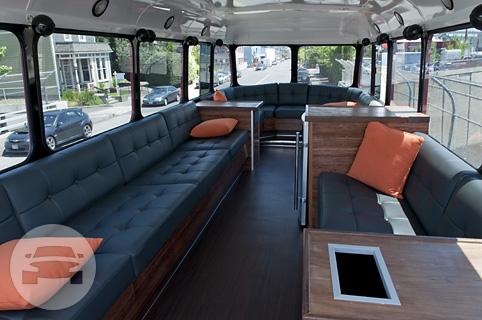 Double Decker Bus | VIP PDX: online reservation